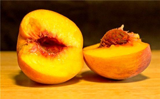 Quali sono i sintomi di un'allergia alle arachidi?